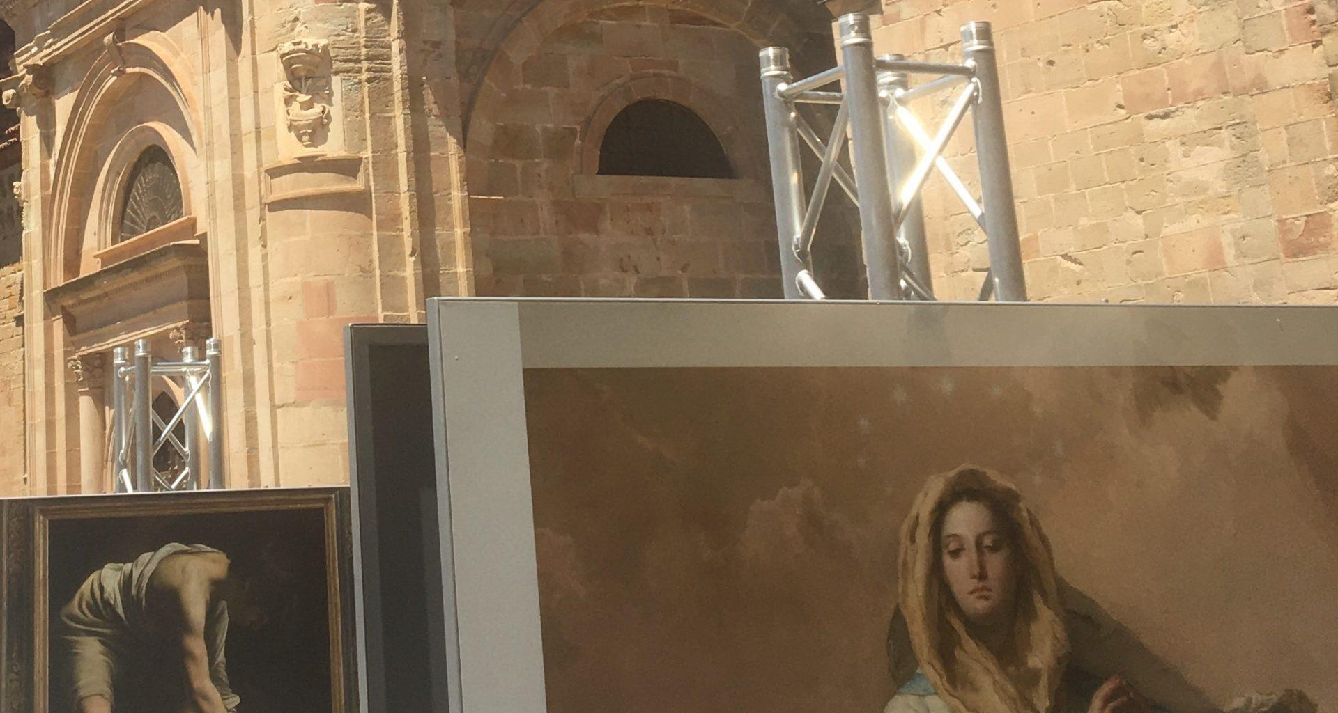 Plaza Mayor de Sigüenza acogiendo la exposición del Museo del Prado(Foto: Sofia Muñoz)